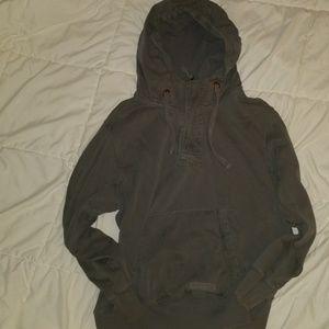 Tops - Legendary distressed hoodie